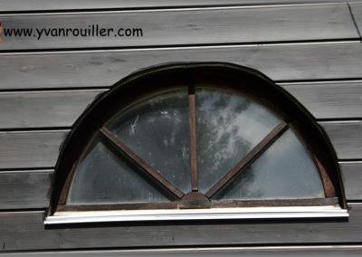 Rénovation façade en lames de sapin lasuré
