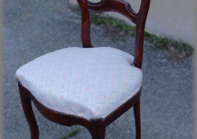 Rénovation d'une chaise en noyer