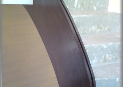 Limon d'escalier en chêne teinté verni