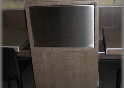 Fabrication de poubelles en panneaux stratifiés